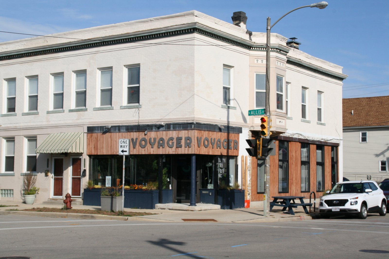 Voyager, 422 E. Lincoln Ave.