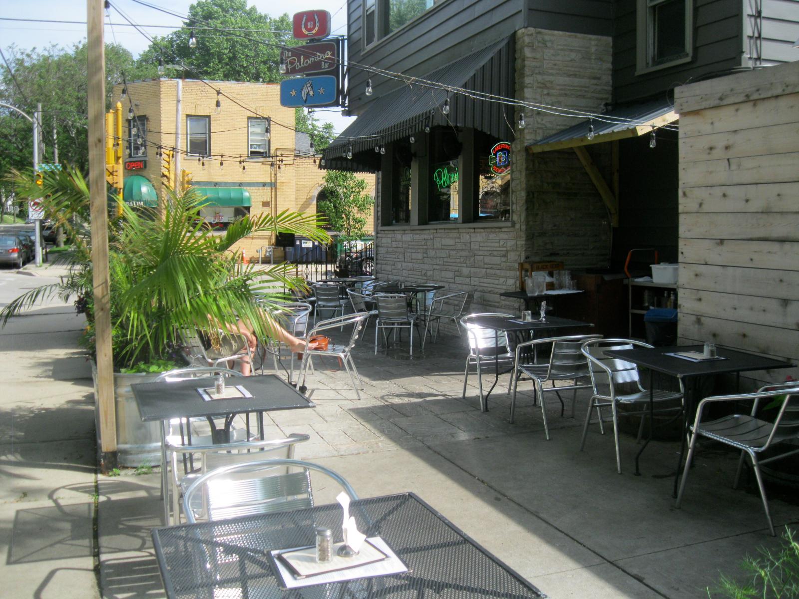 Palomino sidewalk seating.