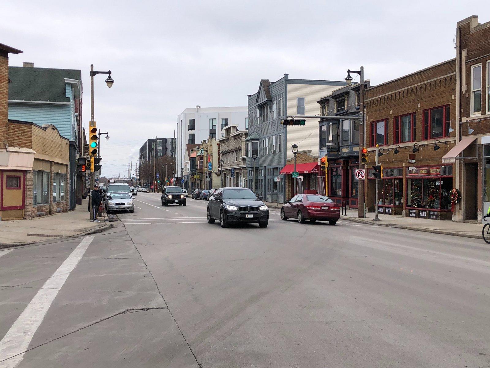 Kinnickinnic Ave with KinetiK