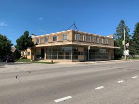 2870 S. Kinnickinnic Ave.
