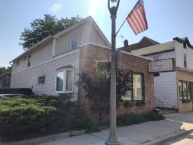2474 S. Kinnickinnic Ave.