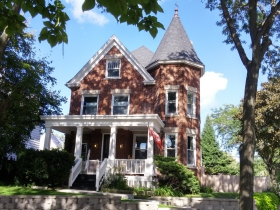 S. Wentworth Avenue home
