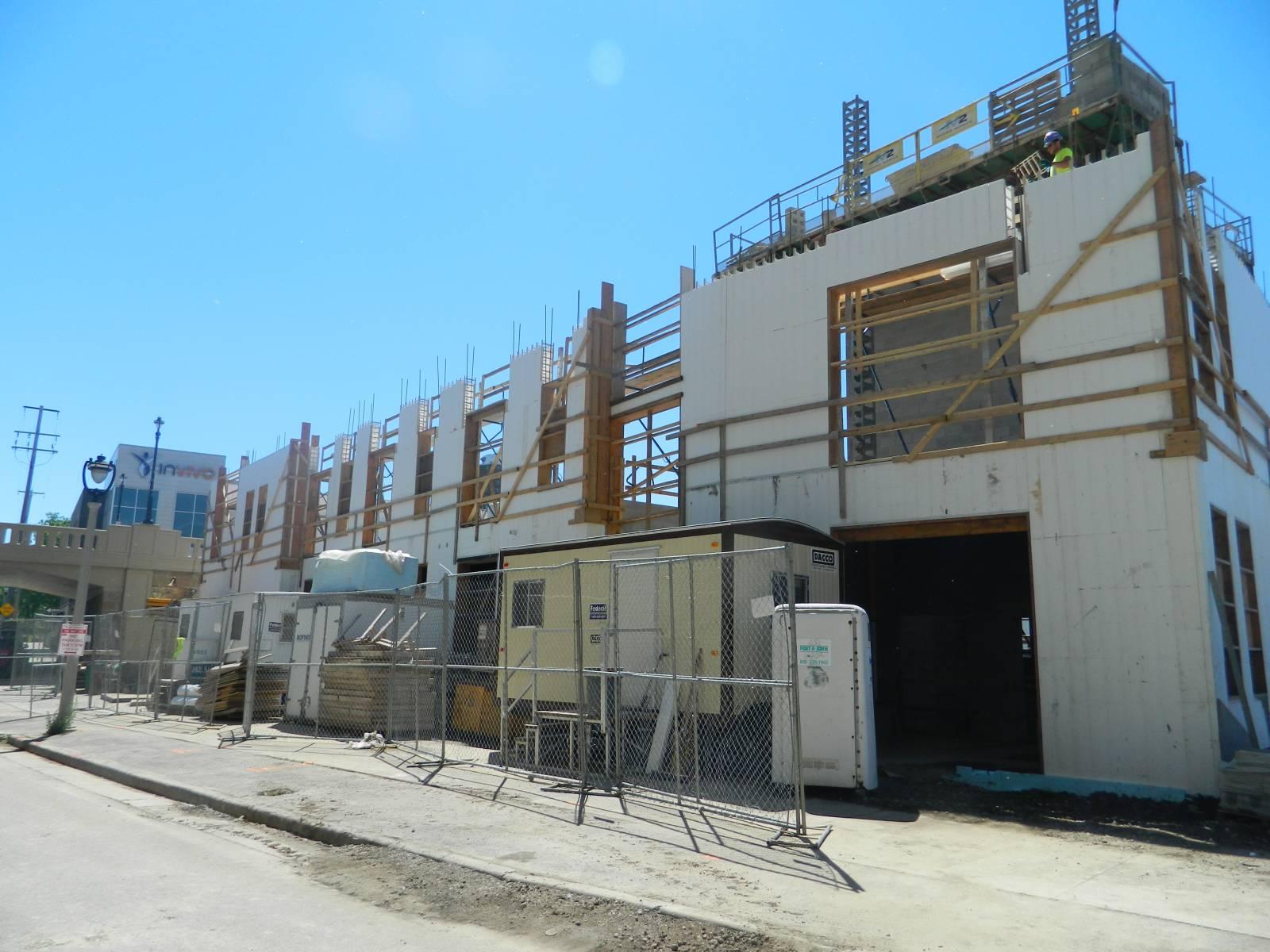 Walker\'s Landing Construction