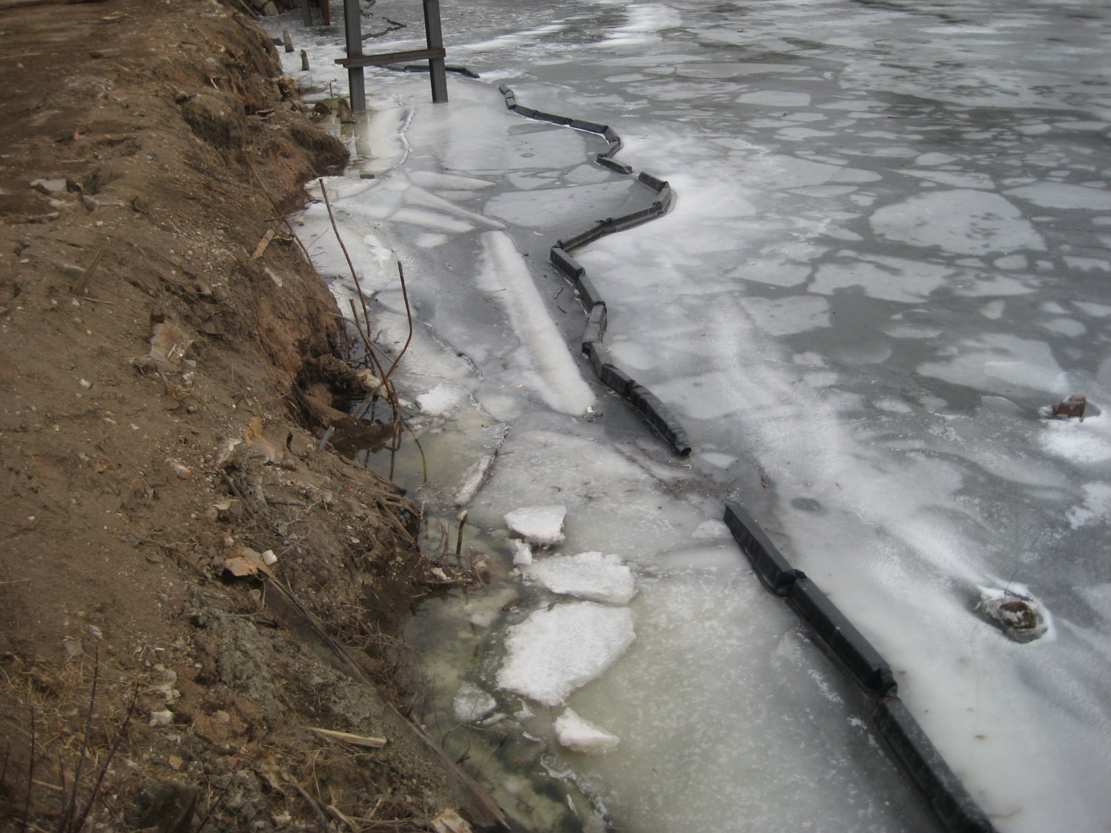 The river along the future home of Walker\'s Landing.