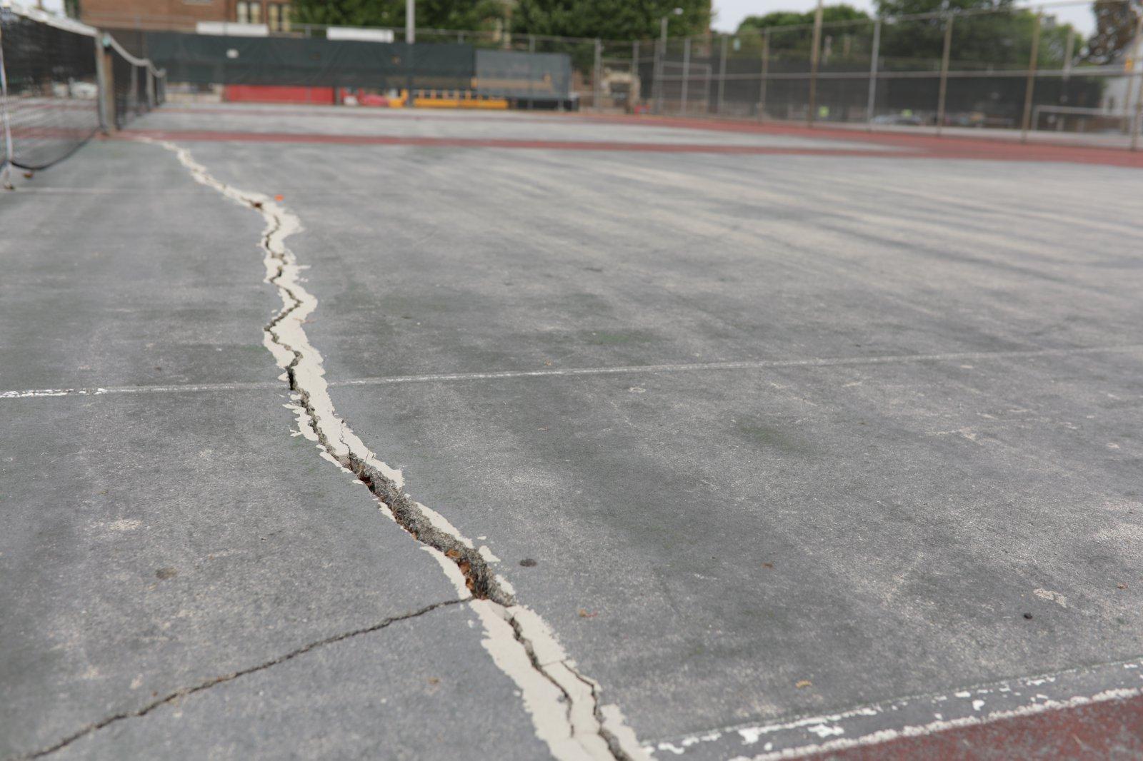 Burnham Park Tennis Courts