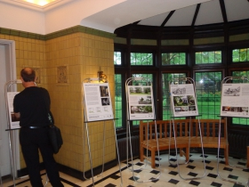Exhibit by UWM School of Architecture and Urban Studies students. Photo by Michael Horne.