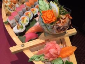 Rice n Roll Sushi Boat