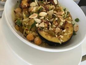 Balance  bowl with quinoa