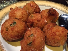 Meraki: Chive Cheese Puffs