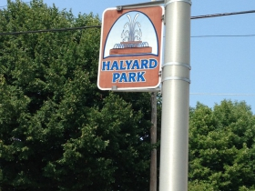 Halyard Park neighborhood sign.
