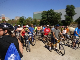 The riders were surprised to stop at the horse barn while on the Bicycle Tour of Milwaukee Bicycle History. Photo by Michael Horne