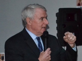 Mayor Tom Barrett at fundraiser for Edward Fallone