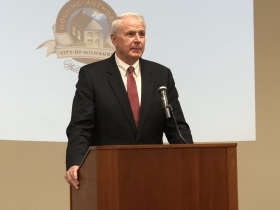 Mayor Tom Barrett