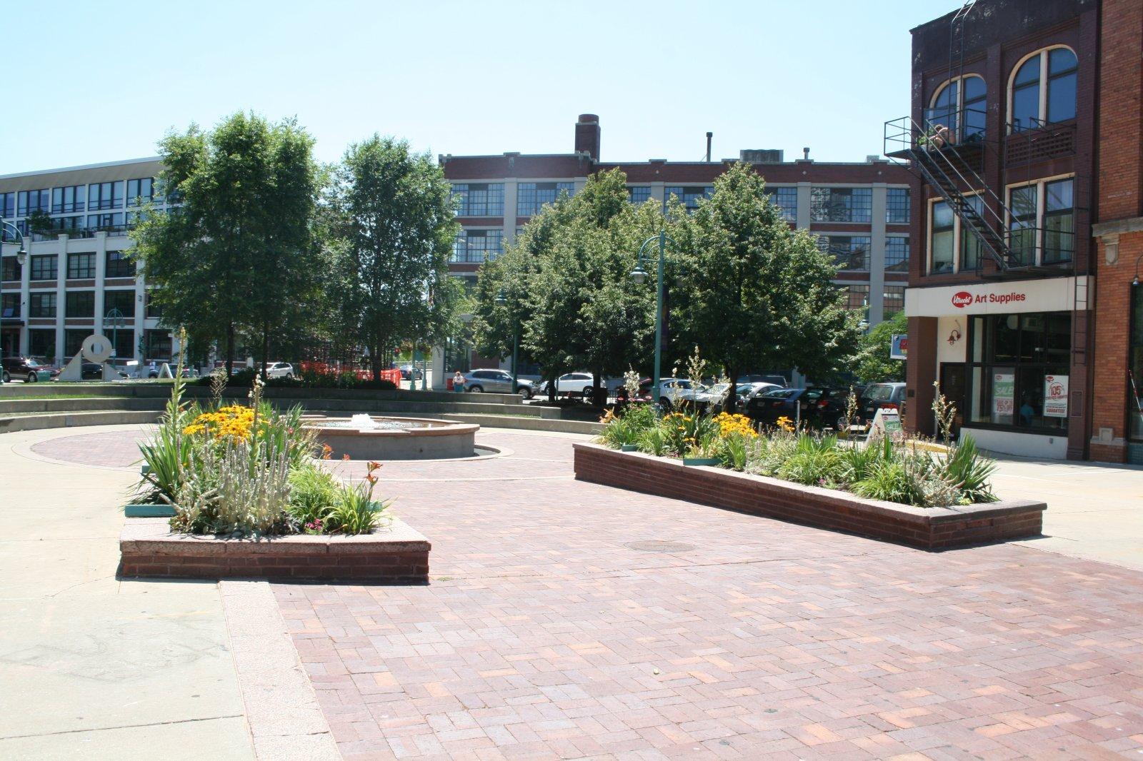 Catalano Square Plaza