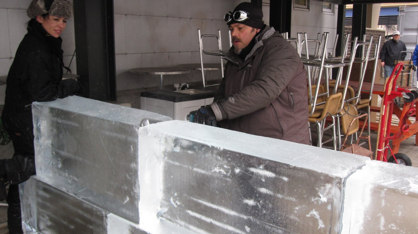 Building the ice bar