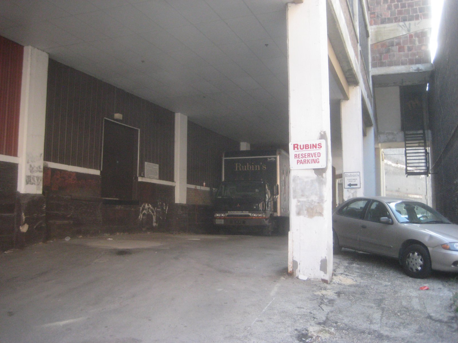 Rubin\'s Furniture loading dock