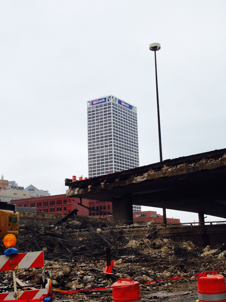 The demolition of 794.