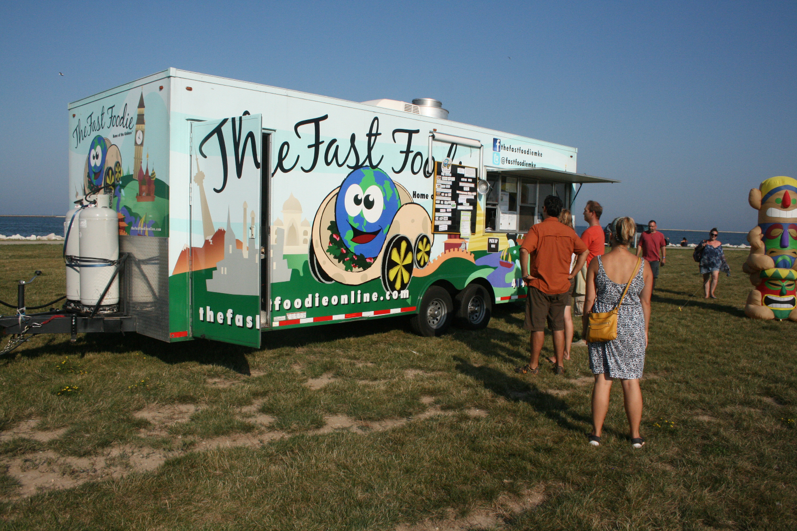 The Fast Foodie at the Urban Island Beach Party.
