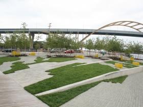 Erie Street Plaza and Hoan Bridge