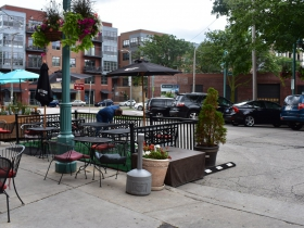 Parklet at Club Charlies