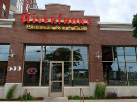 Riverfront Pizzeria