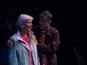 Susan Sweeney (Peg) and Simon Provan (Jack).