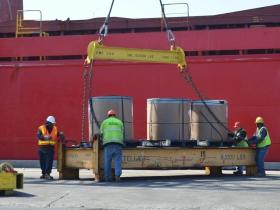 Unloading steel