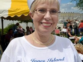 Linda Schweitzer.