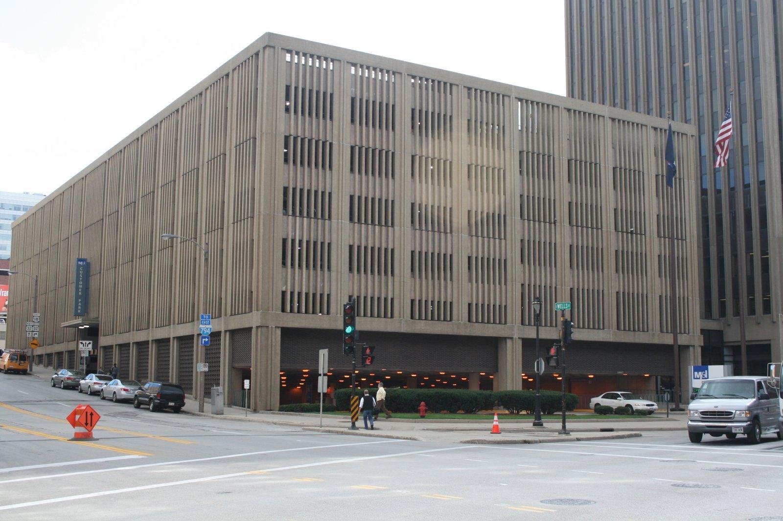 BMO Harris Bank Building Parking Garage