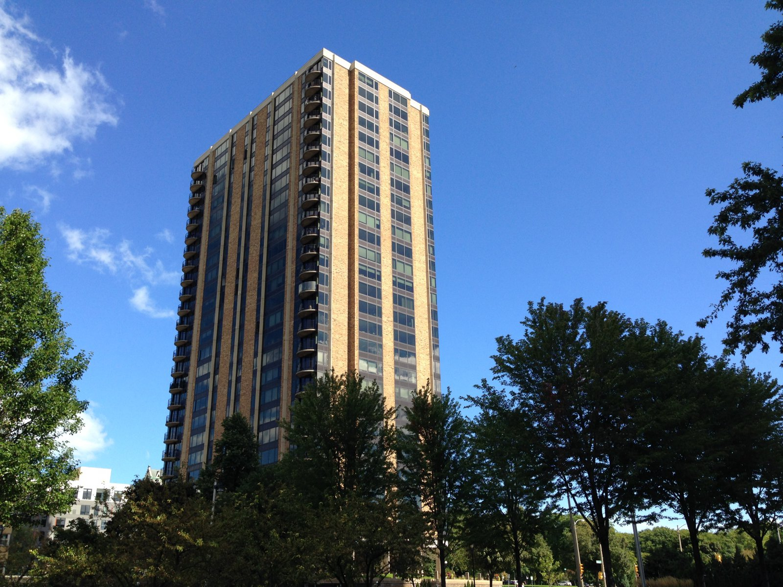 929 N. Astor St.