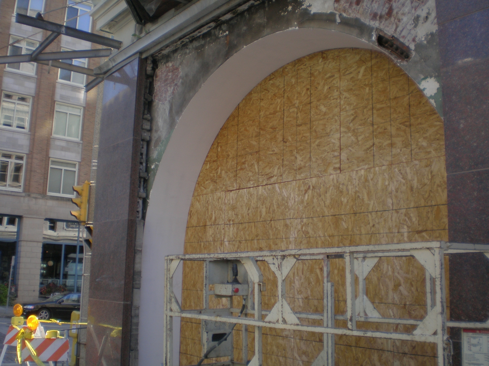 Exposed Arch