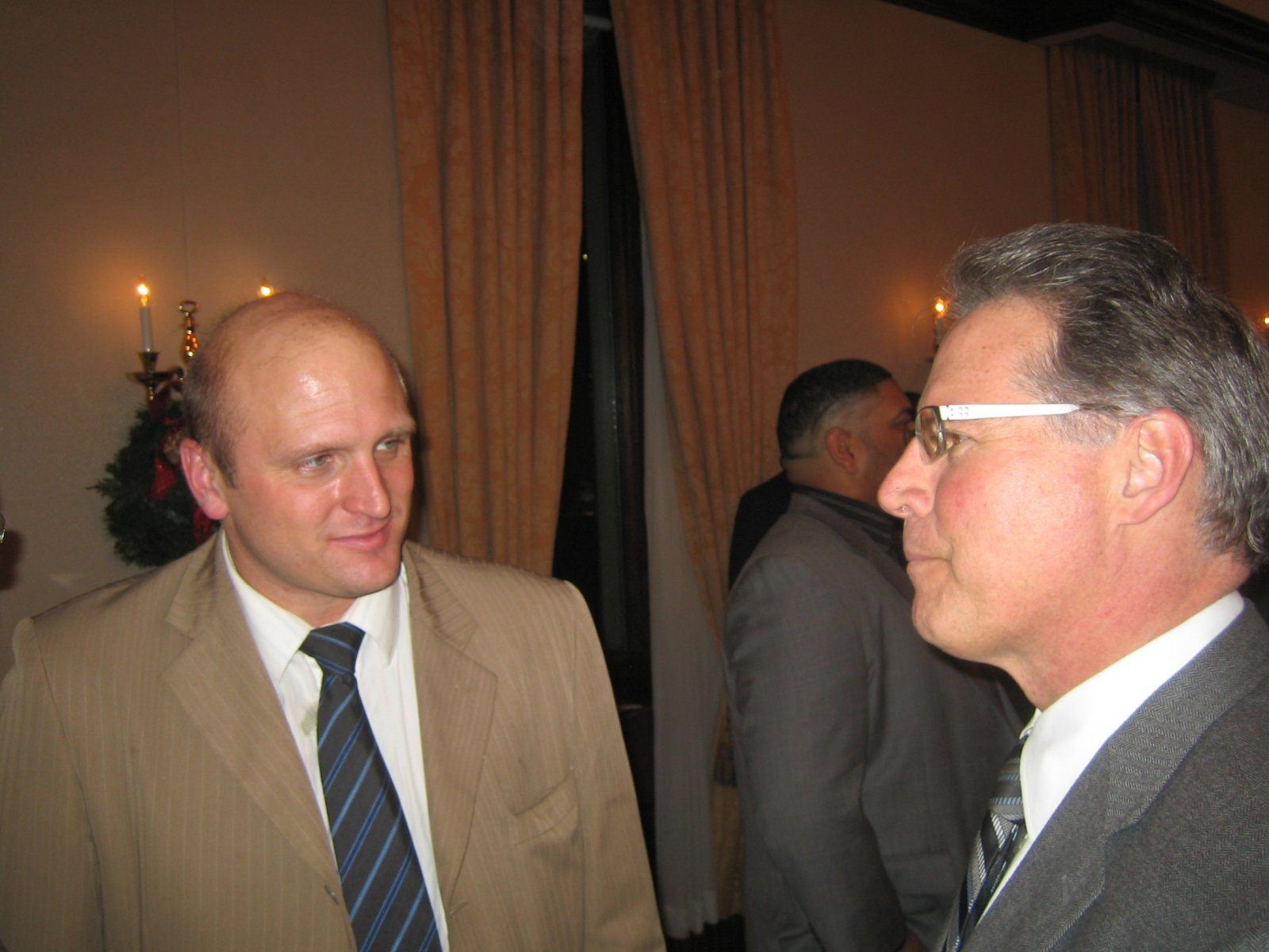 Ald. Nik Kovac and Mark Thomsen.