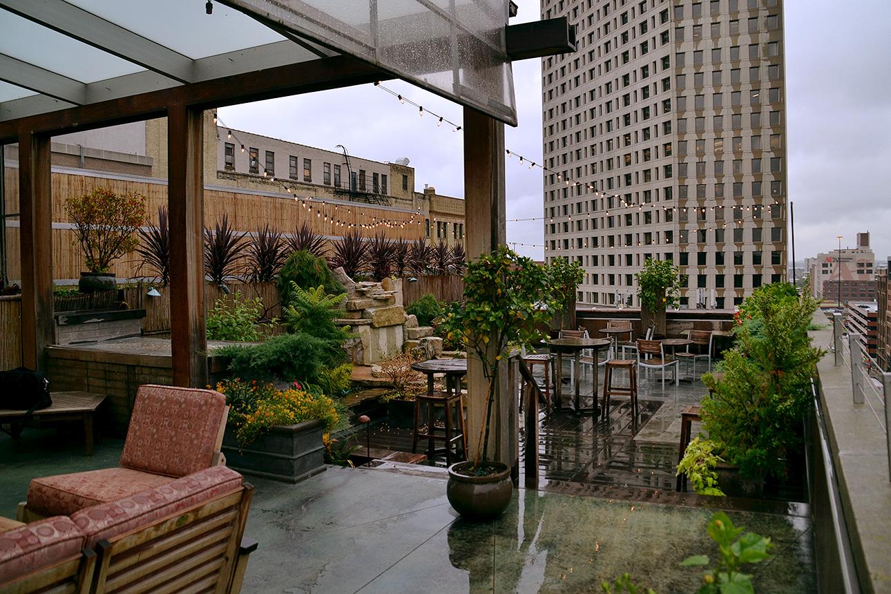 Hotel Metro\'s rooftop patio.