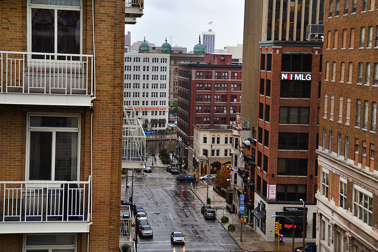 Looking west down Mason from Hotel Metro.