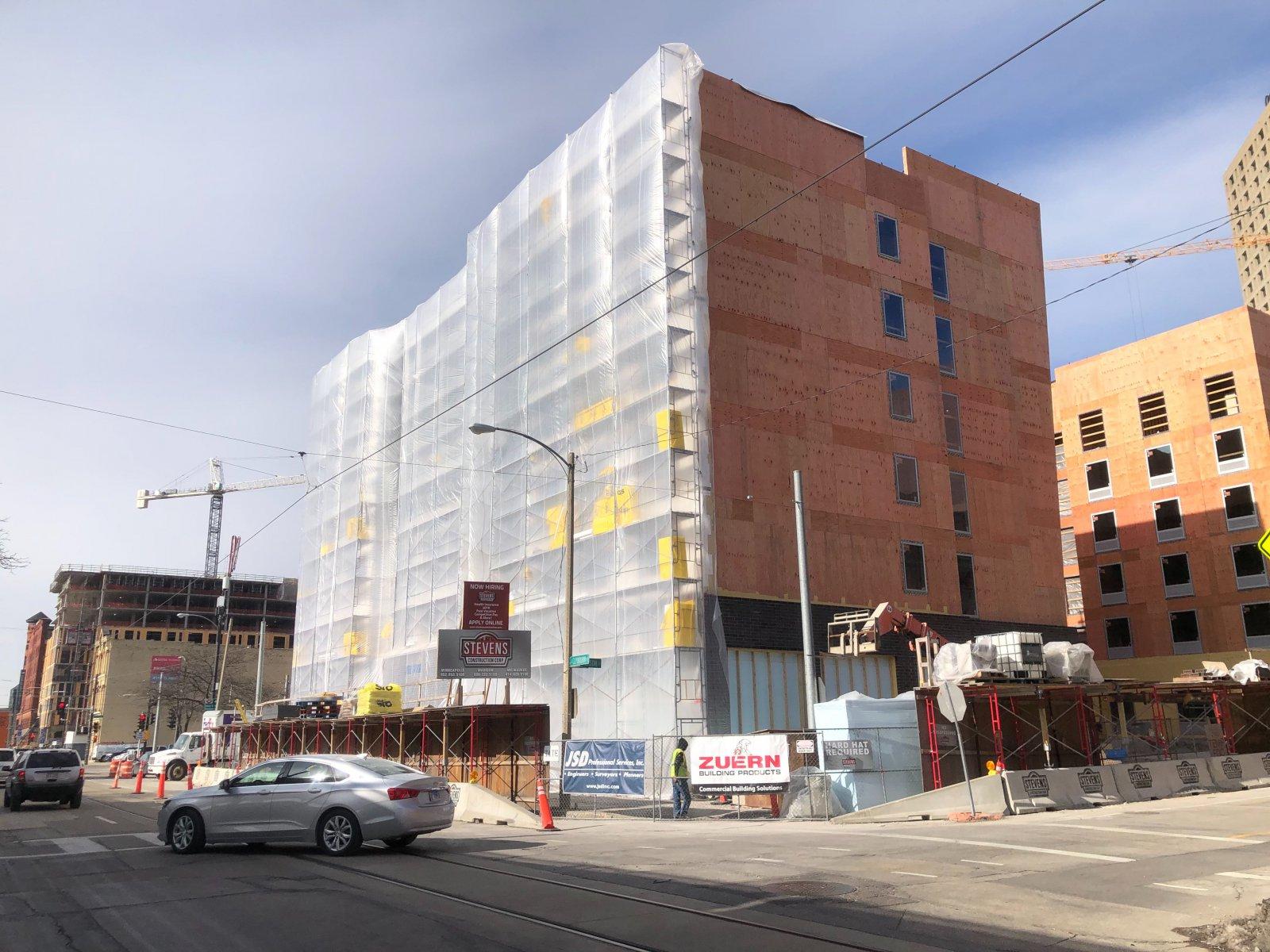 Hotel Trio Construction