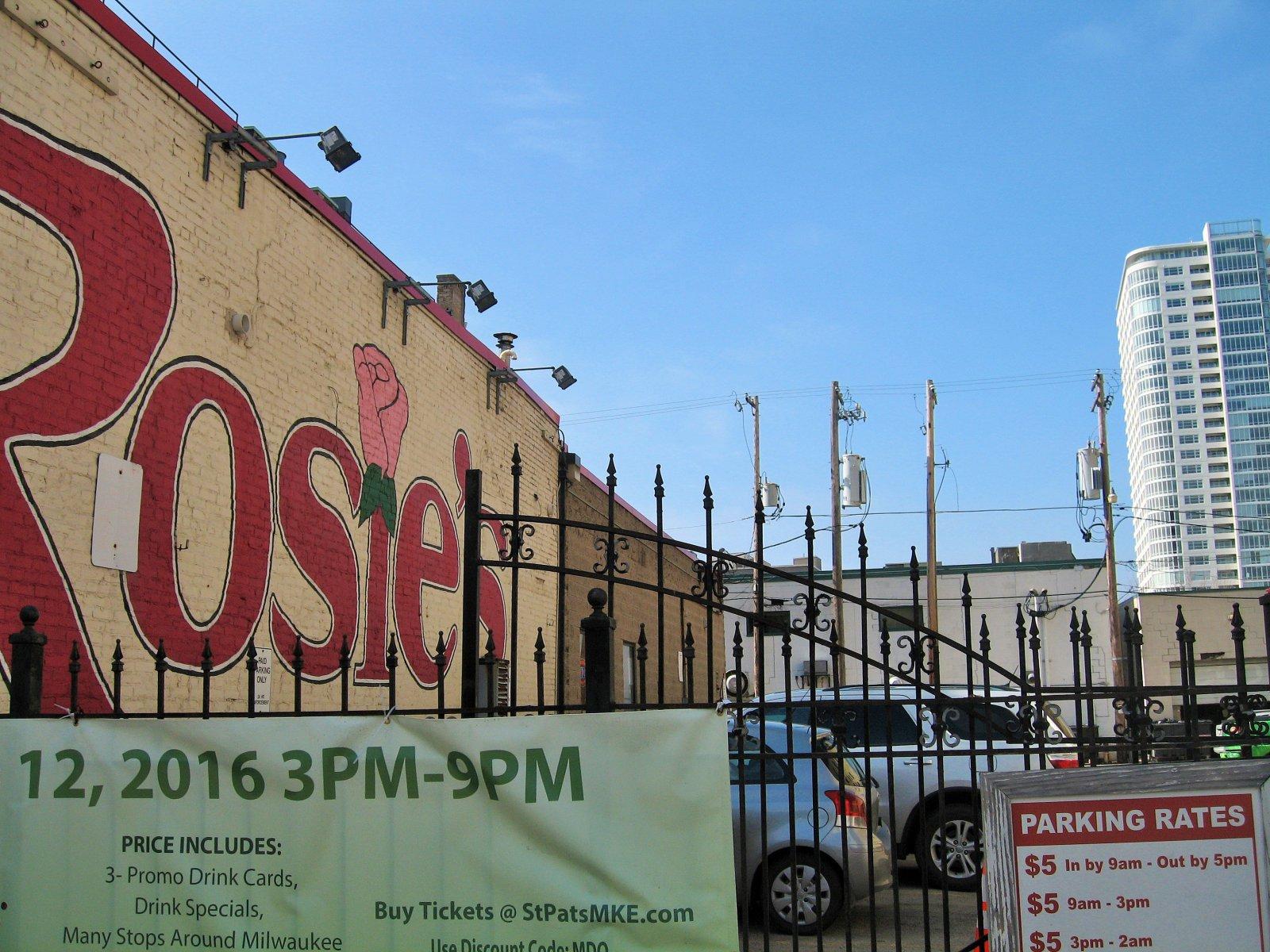 Rosie\'s parking