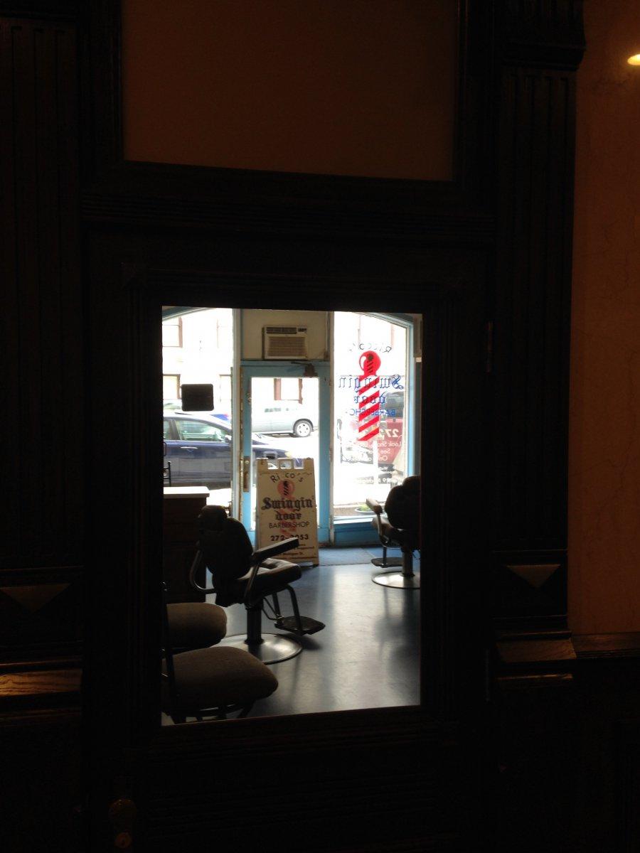 Ricco's Swingin' Door Barber Shop