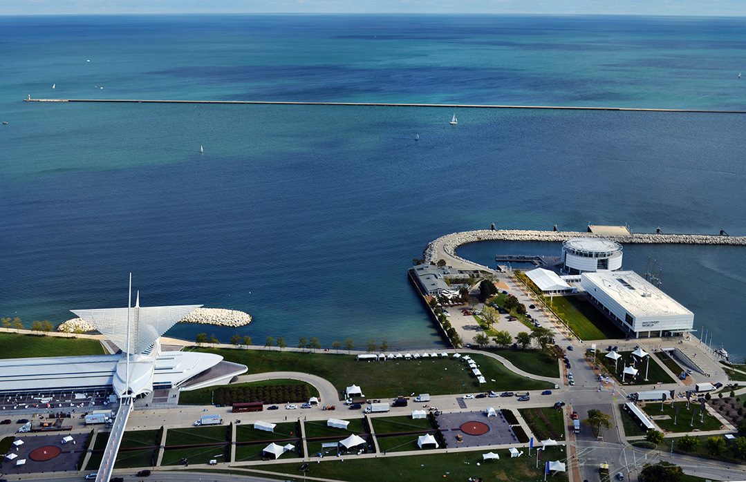 Milwaukee Art Museum and Discovery World.