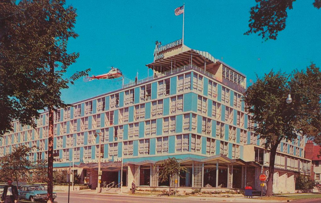 Milwaukee Inn Postcard