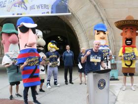 Mayor Tom Barrett and the Racing Sausages