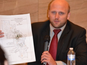 Alderman Kovac shows a map of where the city's foreclosed properties lay.