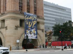 Claws Up Milwaukee City Hall