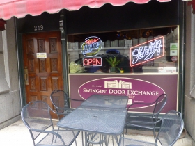 Sidewalk seating at the Swingin' Door Exchange