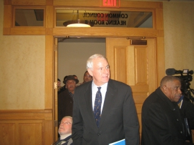 Mayor Tom Barrett at the Johnson town hall meeting.