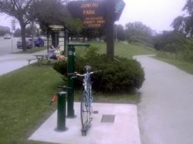 Dero Fixit Public Bike Service Station