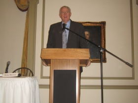 Milwaukee Mayor Tom Barrett addresses the attendees at the GMC Downtown Development event. Photo by Michael Horne.