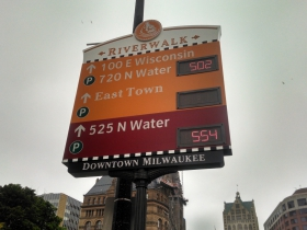 City Advanced Parking Guidance Sign.