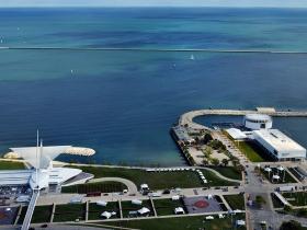 Milwaukee Art Museum and Discovery World.