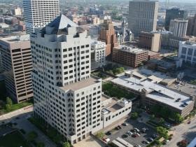 Eyes on Milwaukee: OnMilwaukee.com Moves Downtown