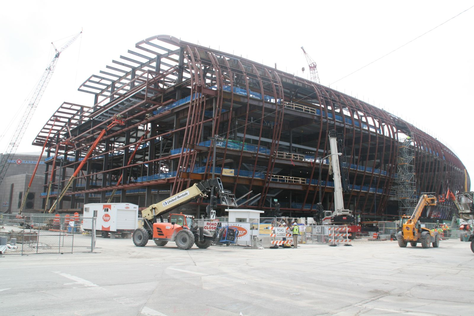 Wisconsin Entertainment & Sports Center Construction
